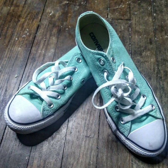 Converse Shoes - Seafoam Green Low Top Convers Chuck Taylors be6b18fed